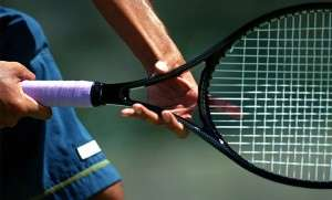 ракетку для большого тениса